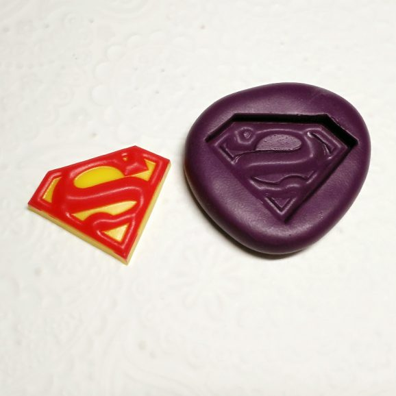 2d superman logo silicone mold