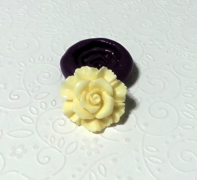 Buttercup Flower Silicone Mold Mould (27mm) - Simply Molds