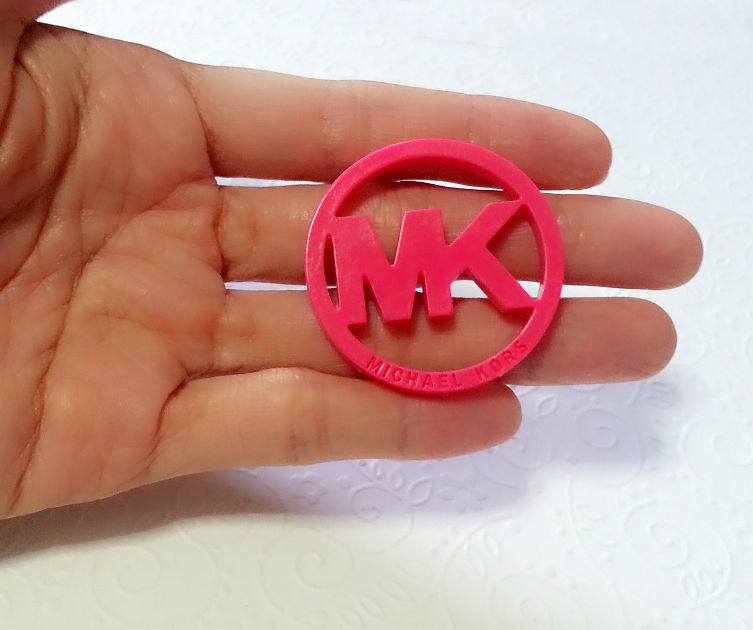 Designer Bag Logo Silicone Mold L 39mm Simply Molds
